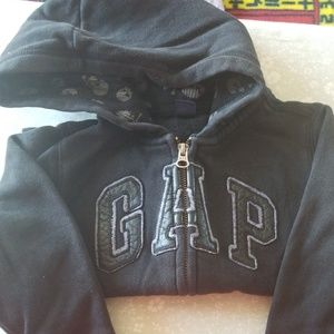 GAP Shirts & Tops - Black Gap Sweatshirt